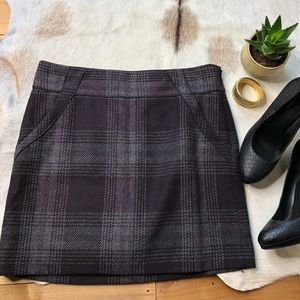 Loft tweed plaid mini skirt gray and purple size 8